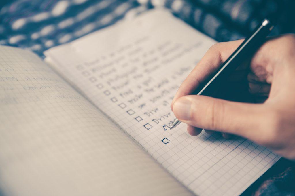 set goals hand writing list